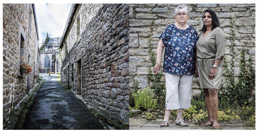Anne David, 49 ans, exilée dans le Finistère à 18 mois. Ici en Bretagne avec sa mère adoptive, Jeanne, 80 ans. Anne a été placée alors qu'elle n'avait que quelques mois à la pouponnière de la Providence de Saint-Denis de La Réunion. Elle y reste 2 ans et arrive en métropole en 1970 pour être adoptée par un couple de Bretons avec qui elle vivra une enfance heureuse bien que victime des remarques racistes des autres enfants durant sa scolarité. Anne est devenue conseillère en insertion et formatrice pour adultes.  Ce n'est qu'en janvier 2017 qu'elle comprend, en regardant un documentaire sur le sujet à la télévision, qu'elle fait partie des Enfants dits « de la Creuse ». Bretagne, juillet 2017.