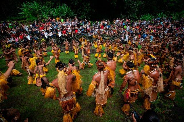 Sur l'île de Hiva hoa dans la vallée de Taaoa et sur le site emblématique du Tohau Upeke s'est tenue une des principales démonstrations du Festival.