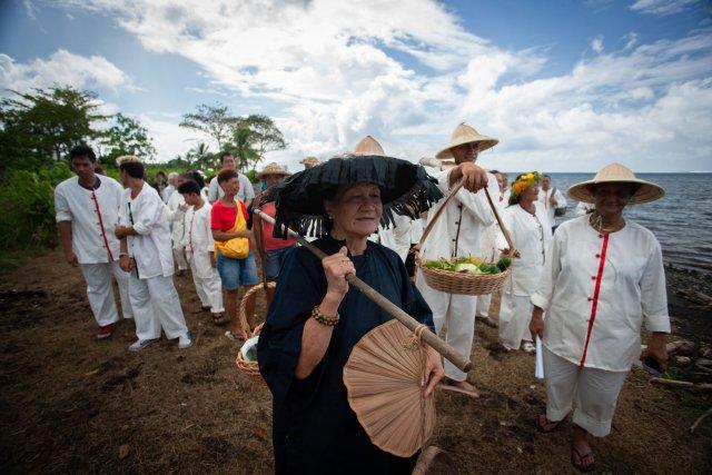 Le 12mars 2016 a eu lieu sur le domaine de Atimaono à Papara, sur la côte ouest de Tahiti. La 1ecérémonie commémorative de l'arrivée des premiers travailleurs agricoles chinois en provenance de Hong Kong.