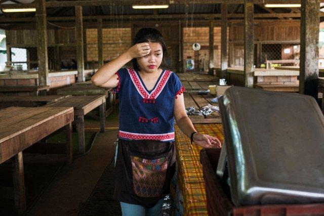 Laury travaille au marche de Cacao. Guyane francaise, 2019.