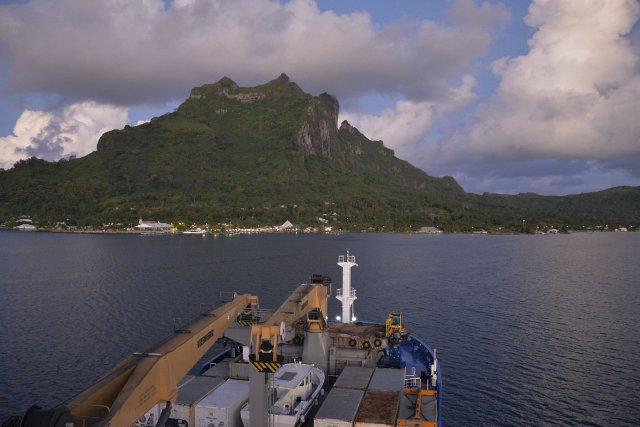 Arrivée à Bora Bora de l'Aranui V - Polynésie Française