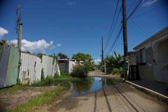 Fuite d'eau dans le secteur de Sainte-Marie à Capesterre-Belle-Eau. 3 AVRIL 2020