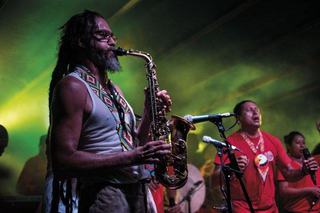 Dub'Ozone, une formation mêlant musique kali'na et musiciens de reggae, a sorti son premier album en 2016. Le disque est mixé par Mad Professor, le maître du dub anglais, lui-même originaire du Guyana.