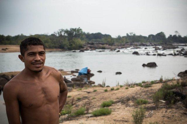 Le chef de Mïratu, village Jurunas qui verra son débit se tarrir avec le barrage