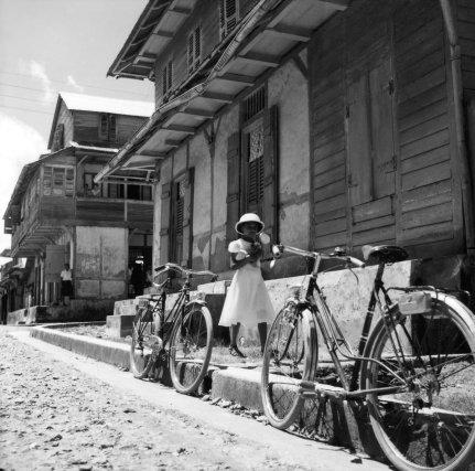 Diverses vues de rues de Cayenne.