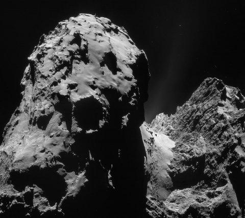 La comète Tchouri capturé par le NAVCAM de Rosetta le 10 décembre 2014 à 20, 1 km du centre de la comète.