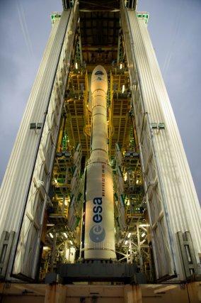 Le lanceur Vega VV04 contenant IXV