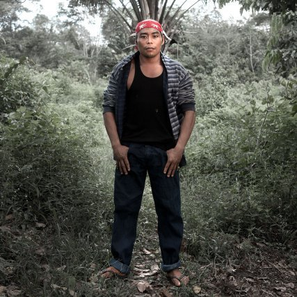 """« … Peut-être que les jeunes ont mal parce qu'ils ne vivent plus comme avant, parce qu'ils ne sont plus comme avant. » Fabien """"Tamûpîn Wâkû"""" Jean-Baptiste (30) - Wayãpi - Camopi -"""