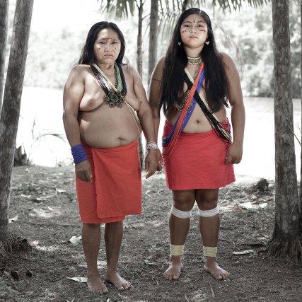 Michelle Jean-Baptiste (53) et sa fille Tania Pinto Tavarez (21) - Wayãpi - Camopi -