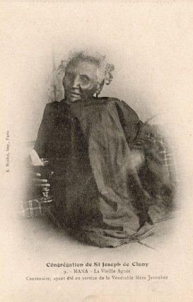 La vieille Agnès : Carte postale éditée par la Congrégation de Saint-Joseph de Cluny, vers 1900-1910.