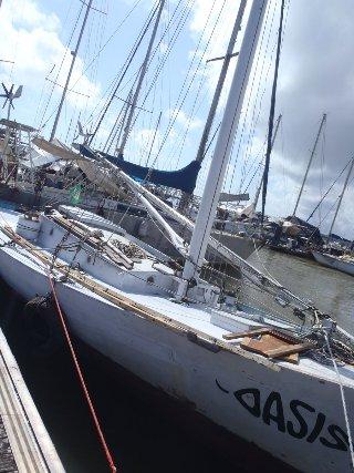 Thomas et Oasis restent bloqués dans la marina de Cayenne, Août 2017.