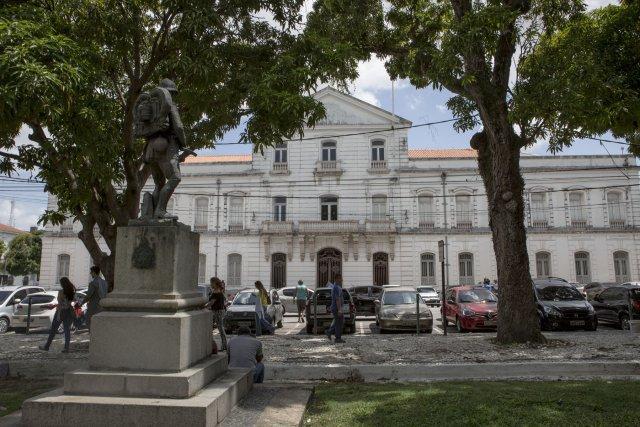 L'actuel musée des Arts du Pará construit au XVIIIe siècle sur les plans de l'architecte bolognais Antonio Landi, fut auparavant le Palais du gouvernement de l'État du Pará. Il fut aussi le siège du premier gouvernement de la Cabanagem.