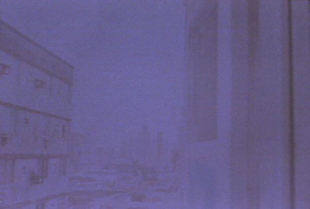 Cinthya Marques, s/titre, de la série Flat: volto todos os dias para dormir nas ruínas, 2014.
