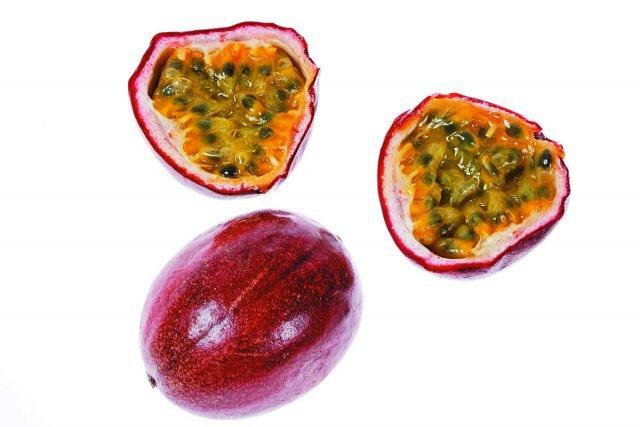 Fruit abondant en Guyane, il se consomme tel quel, en jus, avec le punch ou en sorbet, entre autres. Riche en vitamines, son goût plus ou moins acide peut nécessiter l'adjonction de sucre. Guyane