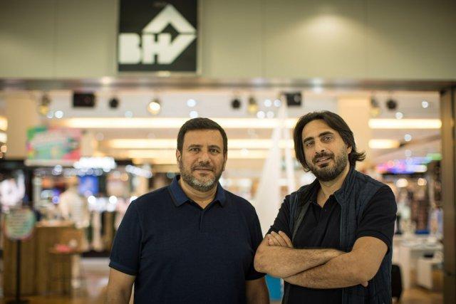 Gaby et Pascal Abchee devant le BHV du centre  commercial Dora à Beyrouth.