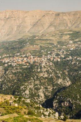 Le village de Bazhoun, dans la vallée de Qadisha au Liban. Juin 2018.