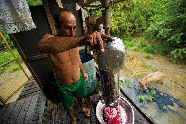 Préparation du wasaï dans la maison de Zakaria