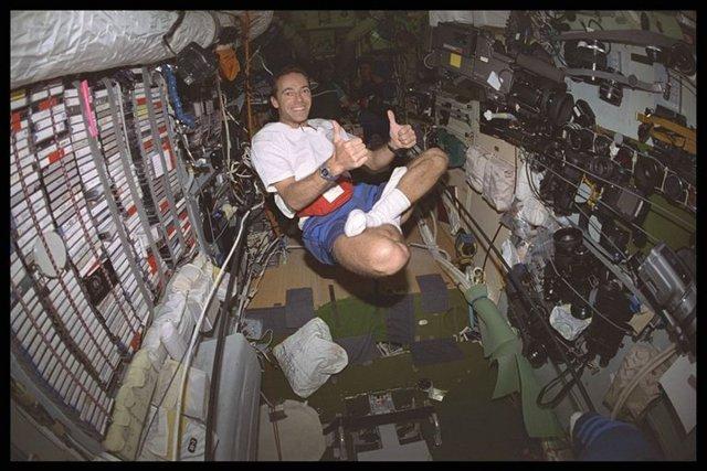 Dans la station spatiale russe MIR