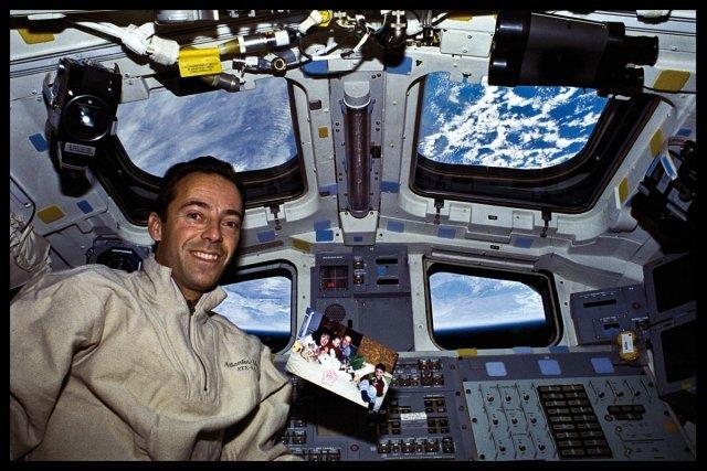 En famille, dans la navette spatial américaine..
