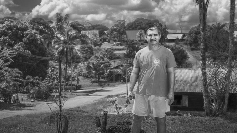 Charles, chef coutumier du village