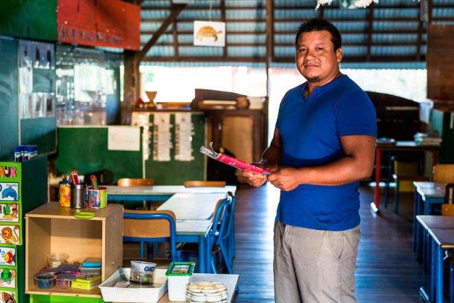 Atayu Kuliyaman. Né à Antecume-Pata il y a 28 ans, Atayu Kuliyaman est parvenu au bout du projet qu'il s'était fixé quand il était collégien: devenir professeur des écoles pour enseigner dans son village. Lycée à Kourou, licence et master à l'université de Guyane, Atayu Kuliyaman a passé avec succès le concours de professeur des écoles il y a cinq ans. Il est aujourd'hui directeur de l'école primaire d'Antecume-Pata.