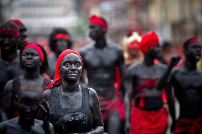 Défilé des Diables rouges à  Cayenne - 21 février 2012.
