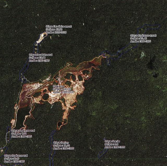 État des surfaces d'exploitation primaire et alluvionnaires sur la concession Espérance ( 5km de côté )