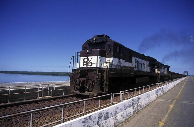 PARÁ : Un chemin de fer céréalier en terres indigènes