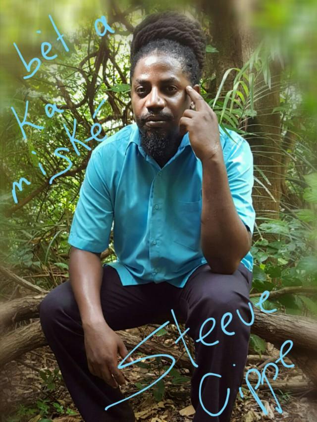 Lancement du n°17 : apéro-musical devant la boutique Une saison en Guyane