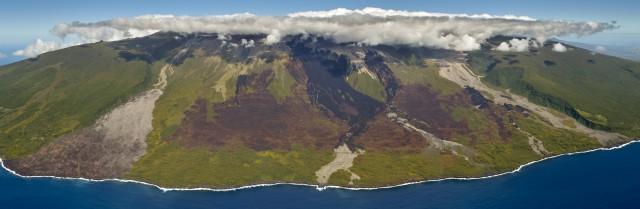 L'histoire naturelle de la Réunion lue dans la lave