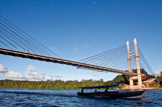 Pont sur l'Oyapock : La plume des médias brésiliens