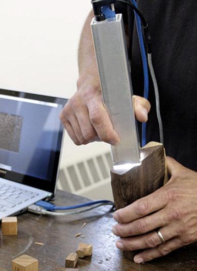 Le XyloTron: outil high-tech contre le trafic de bois illégal