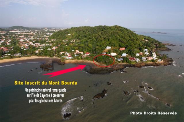 Sauvegarde Anse de Bourda : Recours juridique contre un projet immobilier littoral