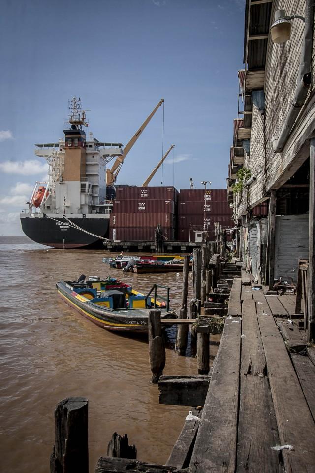 La marine vénézuélienne : remet le contesté à l'ordre du jour