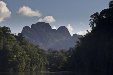 Le Mont Kassi-Kassima, montagne mystique des Tumuc-Humac