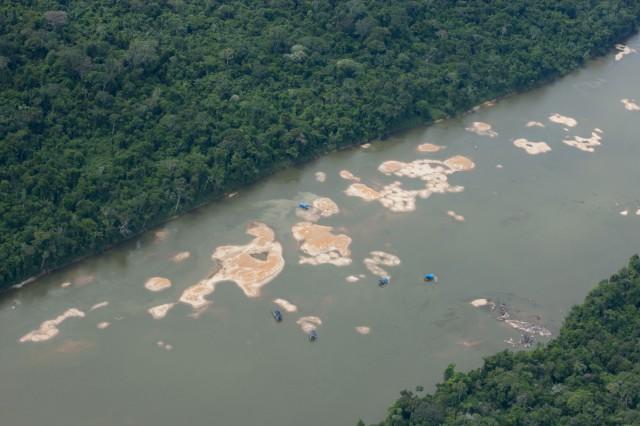Roraima: Orpaillage illégal, mercure et empoisonnement des communautés autochtones