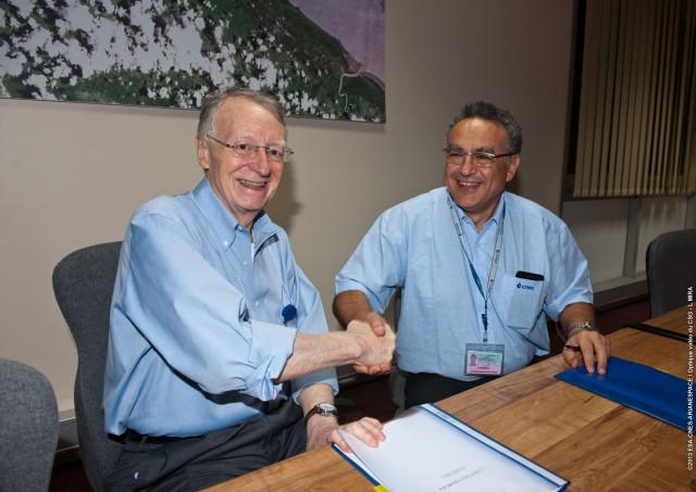 L'Agence spatiale européenne et le CNES ont signé un contrat de 438 millions d'€ pour 2013-2017